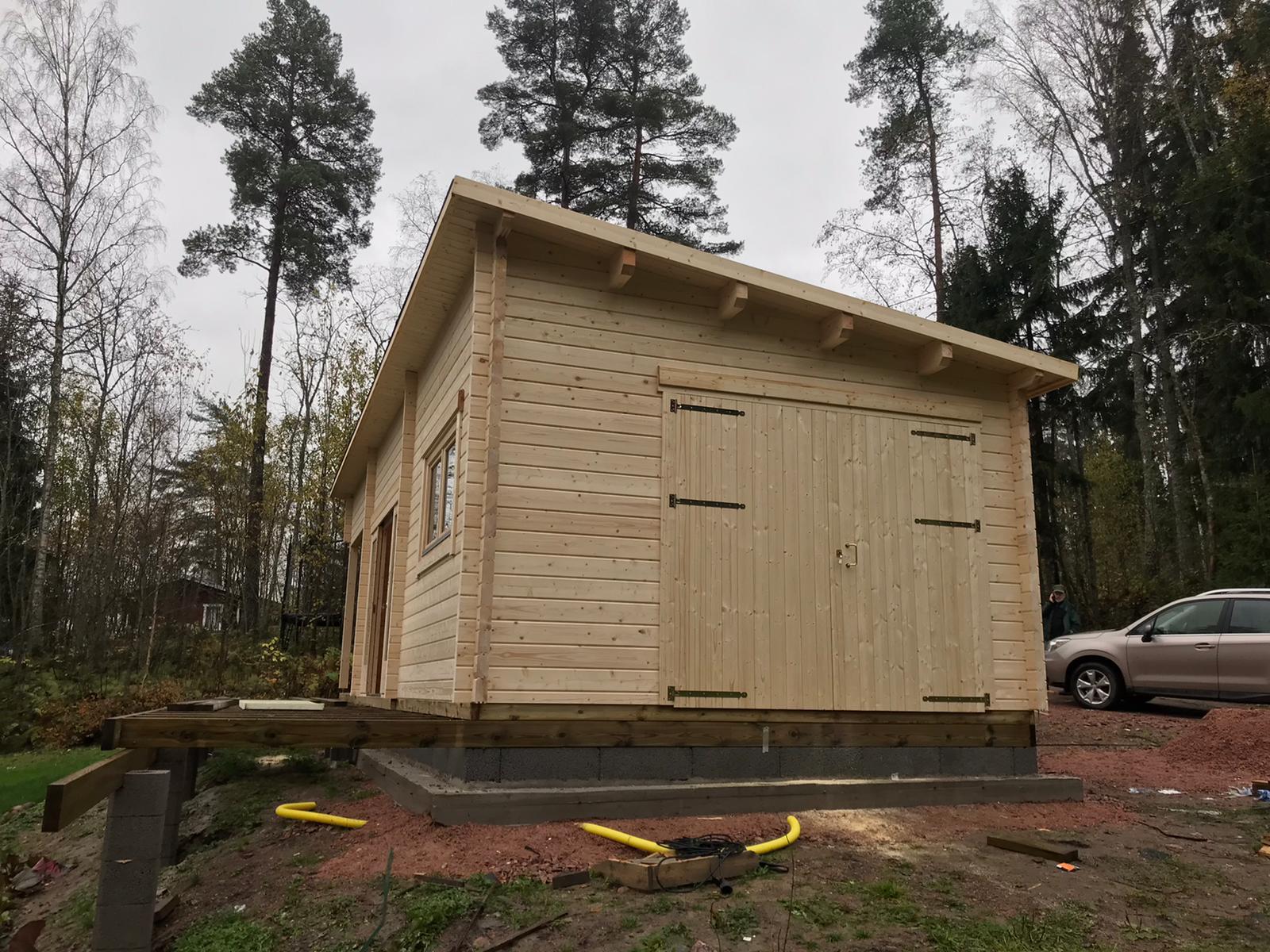Vierasmajan Pihamökki Nummelle asiakkaan omista suunnitelmista